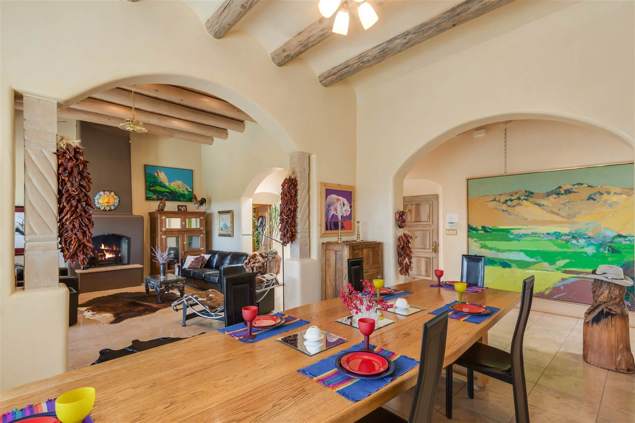 124 principe de paz santa fe nm 87505 mls 201503423 bell casa alamillos house of aspens combines contemporary comfort with traditional santa fe style in this custom pueblo style home sited on 5 3 acres in the